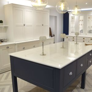Prep table and kitchen 2-min.jpg