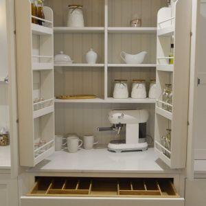 Cupboards doors open 1-min.jpg